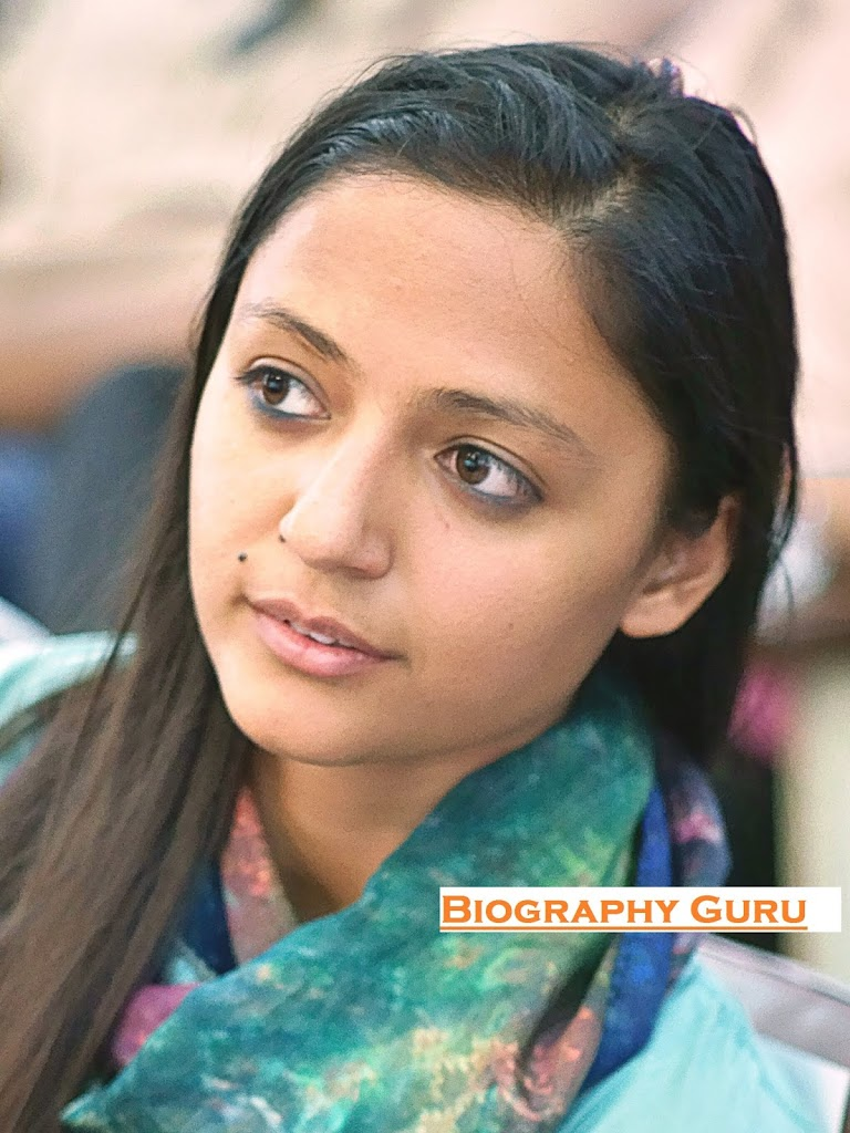 Who is Shehla Rashid? - Biography Guru | Shehla Rashid Age, Boyfriend.