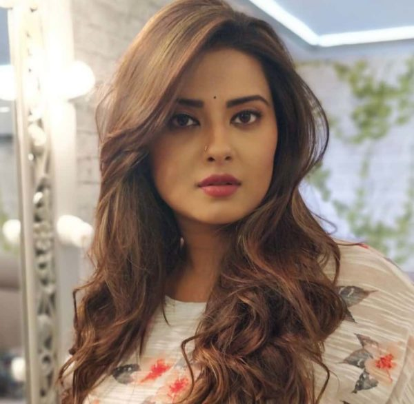 Kratika Sengar Husband, Height, Next serial, Personal Life